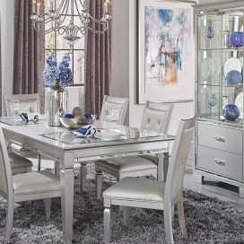 Allura Collection's Dining Set